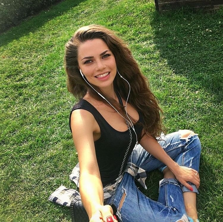 Duo Escort Prague Going Rate For 3 Hrs With An Upscale